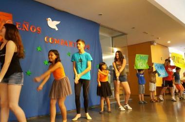 Actuación niños Semana cultural