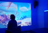 Imágenes que se proyectan en la sala multisensorial de la Residencia San José en Burjassot, Valencia